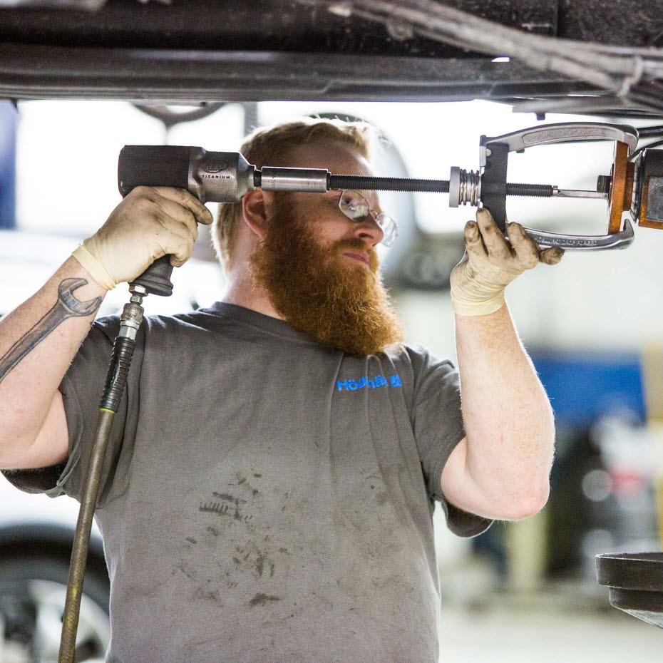 上帝保佑美国人-为粉末冶金零件而诞生的福特F150