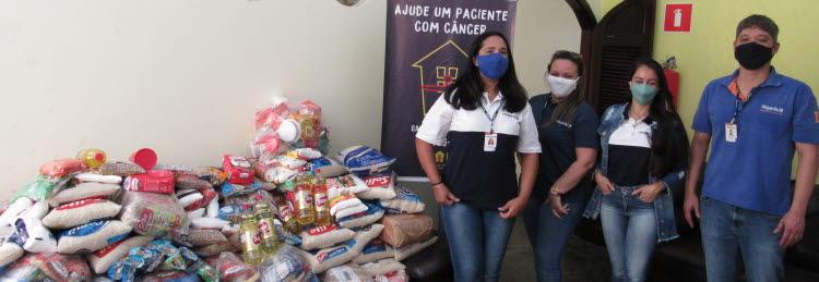 Com ajuda dos colaboradores, planta de Mogi  doa 671 quilos de alimento